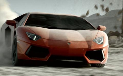 Lamborghini Aventador nel deserto