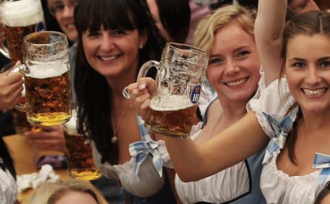 Ubriacarsi all'Oktoberfest
